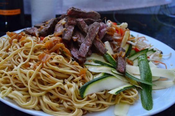 Salada de inspiração asiática