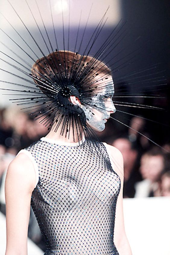 Philip Treacy This is a good way to keep people away from you!