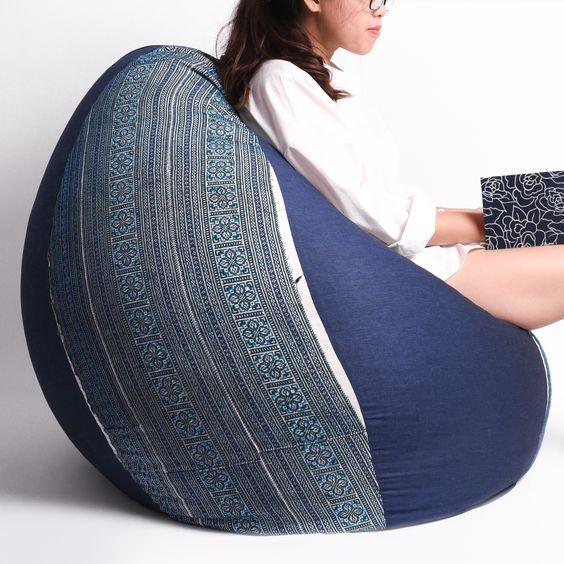 Blue Hmong ethnic textile beanbag: 2,400,000 vnd