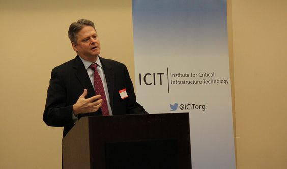 David Wray (Chief Technologist, HP) speaks on behalf of ICIT Fellows Bill Billings, Cindy Cullen and Stan Weissman (all HP Strategists) who could not personally attend the Fellow meeting. We'll see you next time guys!