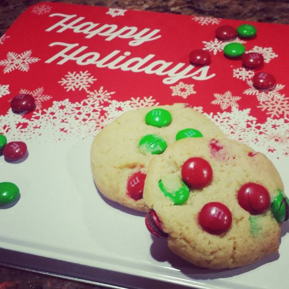 Perfectly Delicious M & M Cookies