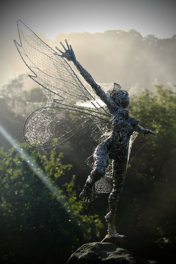 Freedom, amazing wire sculpture artist Robin Wight. check his website out…