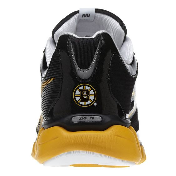 Montreal Canadiens Reebok ZigLite Men s Training Shoes boston bruins  training - Google Search I would LOVE these! See More. 41 11 Reebok   CrossFit ... b3d309c54