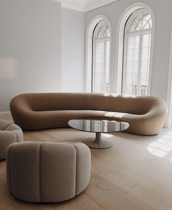 Anouk Yve On Instagram Pierre Paulin On My Mind Sotheby S London Pierrepaulin In 2020 Curved Furniture Curvy Sofa Furniture Design