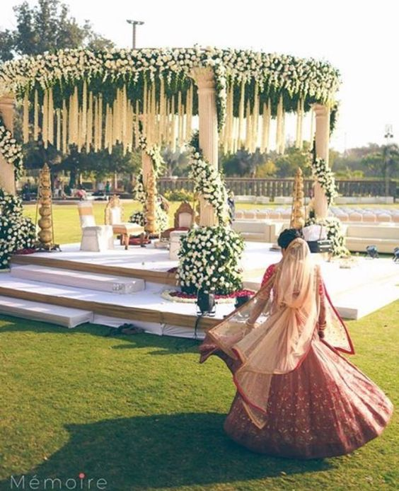 Isn't it the most beautiful mandap décor?, Isn't it the most beautiful mandap décor? #uniquedecor #mandapdecor#daydecor #weddingdecor #shaadisaga