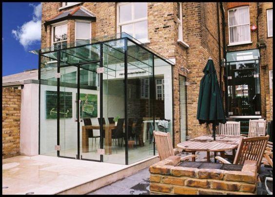 Uitbouw en patio stadstuin glazen uitbouw glass design for Glazen uitbouw