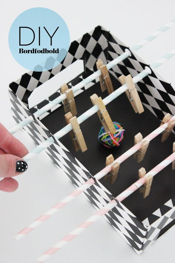 DIY mini fooz-ball table