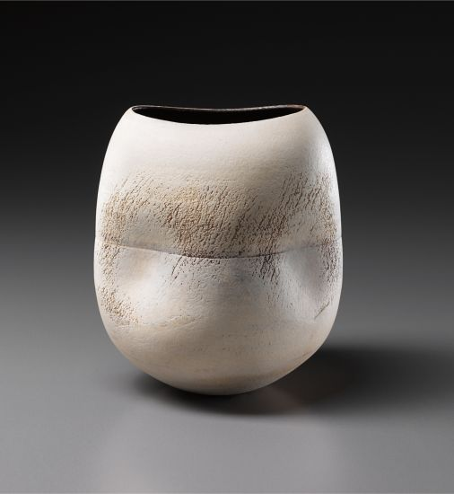 PHILLIPS : NY050413, HANS COPER, Pot with four indents and central stem holder circa 1972