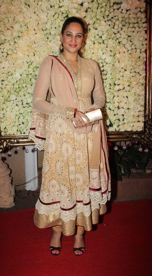 zeenat style dress 4 heaven