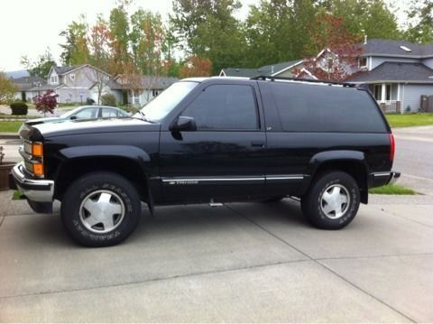 98 2 door chevy tahoe lt 5500 bham 119 xxx miles 4wd in good condition no body damage. Black Bedroom Furniture Sets. Home Design Ideas