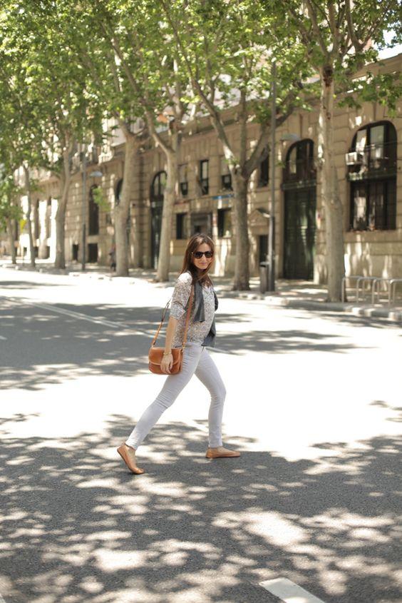monimoleskine - el blog de Mónica de Tomás con un look sport chic de la mano de anine bing: http://bit.ly/1hqsWrx fotos: miki poveda
