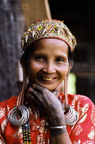 Dayak Woman in Traditional Dress There are about 4 million Dayak people in Indonesia,  【AIF