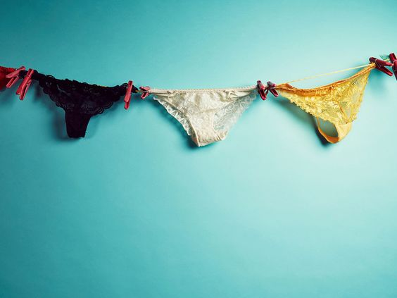 Darum sollten Sie keine schwarze Unterwäsche tragen