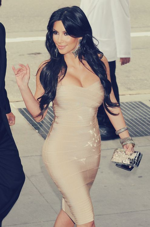 Kim Kardashian bodycon