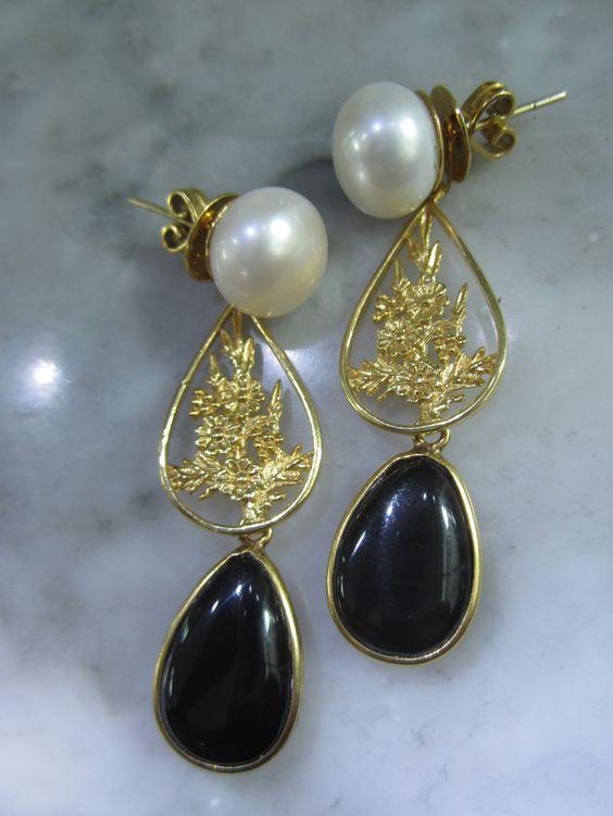 Ohrstecker - Perlen Ohrstecker Vintage Ring Onyx Bluete Eleganz - ein Designerstück von TOMKJustbe bei DaWanda