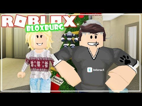 Decorating For Christmas New Update Roblox Bloxburg Youtube