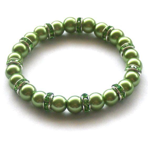 Apple Green Pearl Sparkle Bracelet by beadingshaz on Etsy, £6.50