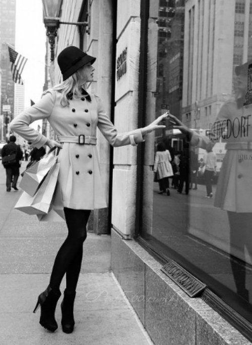 ☮✿★ Girl shopping ✝☯★☮