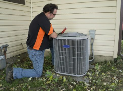 Classic Transitional Style House In Texas Hvac Repair Energy Efficient Homes