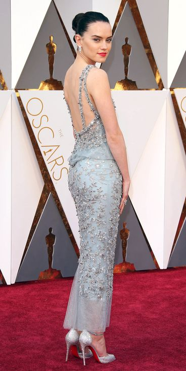 2016 Oscars - Daisy Ridley in Chanel Haute Couture - 11 Oscars Gowns You Need to See from Every Angle | People