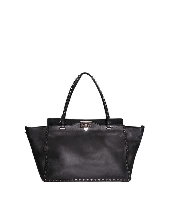VALENTINO GARAVANI Shopping Rockstud Noir medium leather bag | Lindelepalais.com 33505