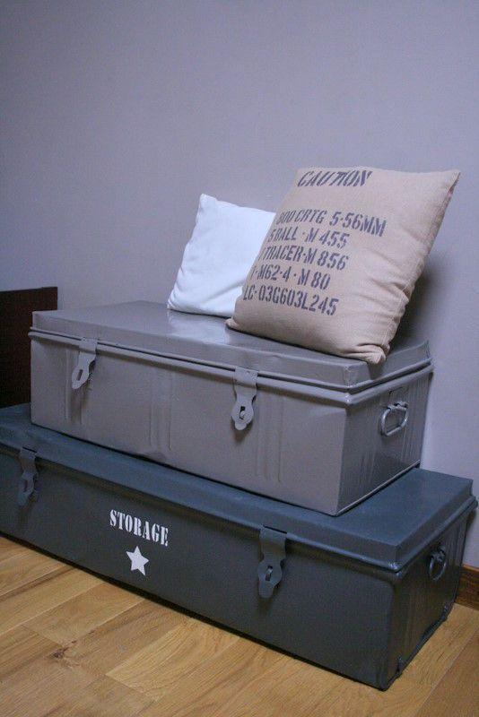 Chambre de gar on d co chambre pinterest style de militaire bo tes de rangement et for Pochoir chambre garcon