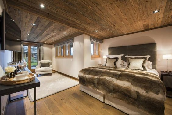 World class luxury ski holiday Chalet Sirocco in Verbier available to book through Ultimate Luxury Chalets. Fully Catered, Swimming Pool, Sauna, Steam Room, Cinema.
