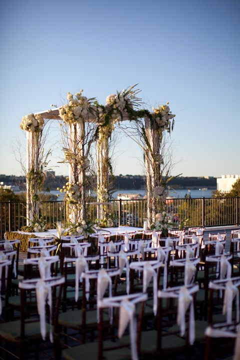 The perfect rooftop for your #springwedding