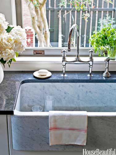 A Savannah Kitchen With European Elegance French Kitchens Kitchen Sinks And Carrara Marble