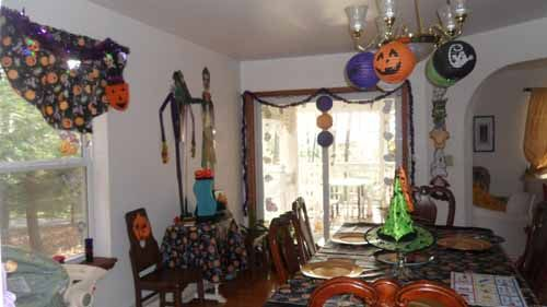 Halloween Party Decorations for the Home, 500x281 in 51.7KB