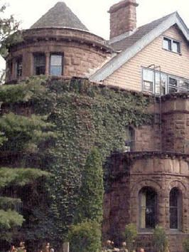 Real haunted houses haunted houses and minnesota on pinterest for Minnesota mansions for sale
