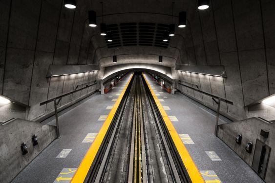 Vibrant Photos Capture The Underappreciated Beauty Of - Vibrant photos of international subways capture their unappreciated beauty