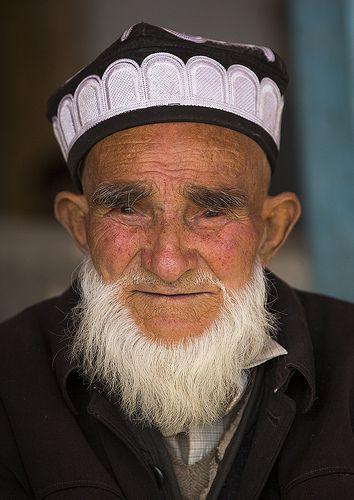 Old uyghur man in Opal Village Market, Xinjiang, China