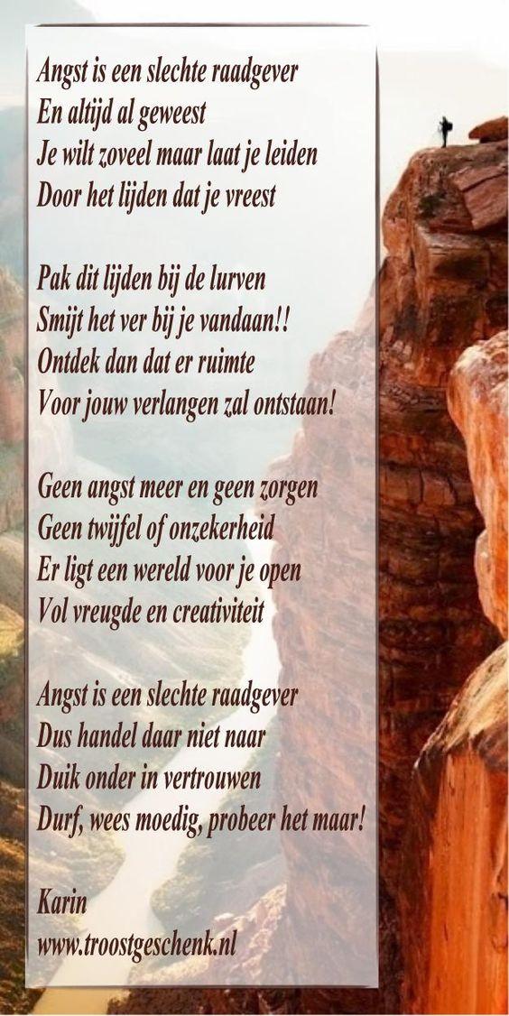 www.troostgeschenk.nl  We zouden eigenlijk die bepaalde stap willen maken. We zouden zonder vrees door het leven willen gaan, maar hoe vaak laten we ons leiden door angst en onzekerheid en blijven daarom liever in onze comfortzone zitten...