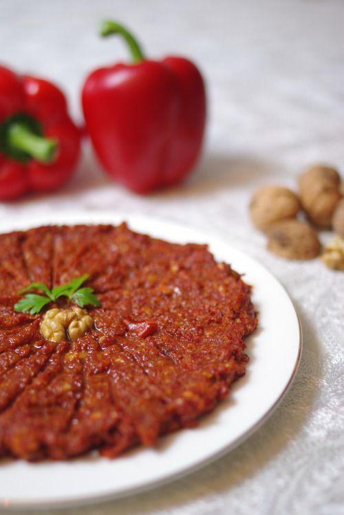 Mhammara (poivrons rouges, noix, mélasse de grenade - Syrie)