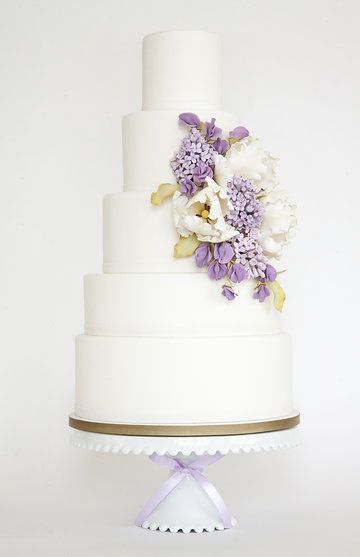 Blanco + lila. #tarta #boda