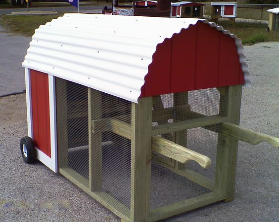 Movable chicken coops funky chicken coop tour austin for Movable chicken coop plans