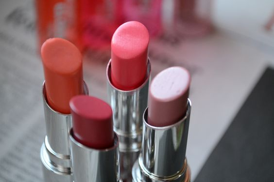 Secret Gloss Lipsticks von p2