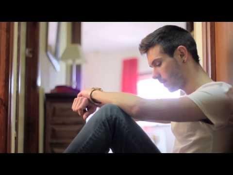 No Soy Como Tú [Corto Gay] - YouTube