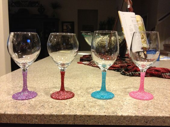 Glitter wine glasses!!!