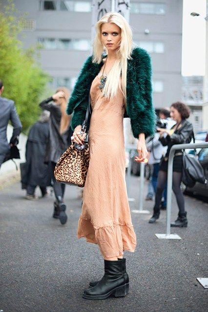« Avant, en tant que mannequin, vous deviez travailler pour être connu. Maintenant, vous devez être connu pour travailler. »   Abbey-Lee-Kershaw-Vintage-Street-Style-Vogue-21Jan16-Jason-Lloyd-Evans_b_426x639