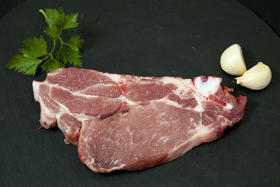 Hoy dedicamos el viernes a uno de nuestros productos estrella: el cerdo.  http://puenterobles.com/blog/del-cerdo-hasta-los-andares/