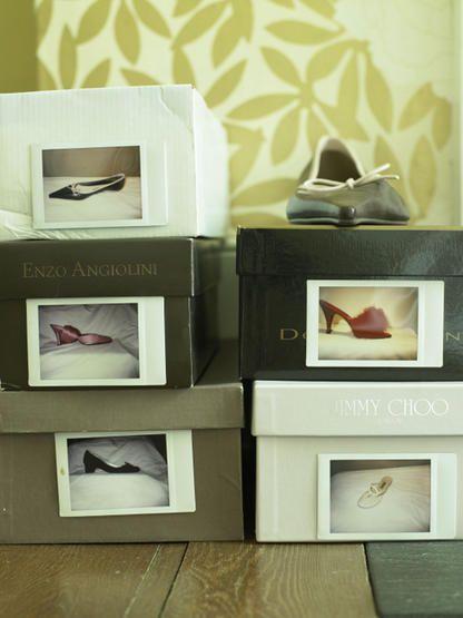 Fotos von Schuhen auf den Originalkartons