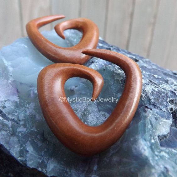 $26.95 Wood Ear Hangers 0g Spiral Plugs 00g Gauge by MysticBodyJewelry