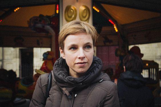 Clémentine Autain (par Maya Mihindou)