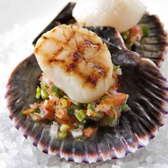 Seared Scallops with Strawberry, Bacon and Chive Salsa ...