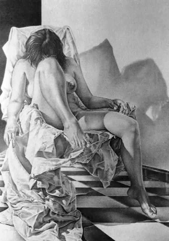 Pintura y Fotografía Artística : Mujer Dibujada a Lápiz Cuerpo Completo, (Galería del Carboncillo)