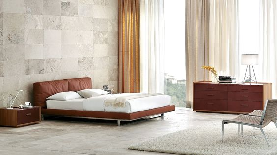 modern bedroom w/high ceilings | cantoni.com