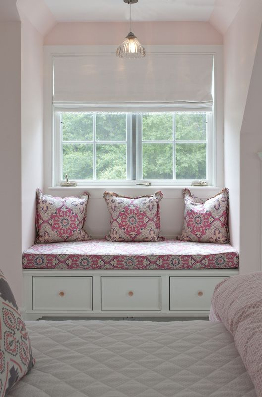 Pink Girls Room Features A Nook Filled With A Builtin Window - Beautiful windows and love the window seat with blue white cushions