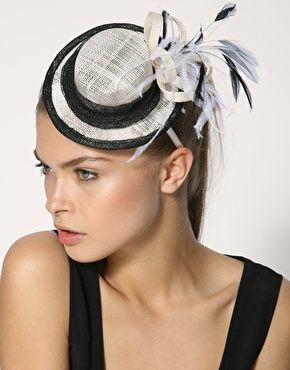 Mini Top Hat Fascinator with Feather Detail